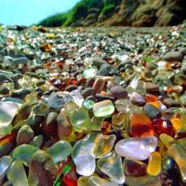 377c4e3e6270bbe8d8d7f203c054523d--glass-beach-california-fort-bragg-california